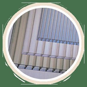 kanopi-baja-ringan-berwarna-atap-polycarbonate-1